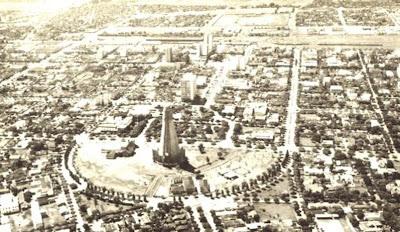 Uma vista aérea de Maringá - Década de 1960 via http://maringahistorica.blogspot.com.br